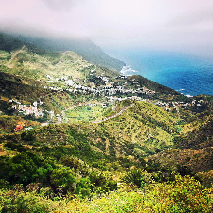 Krajobrazy na Teneryfie, góry i ocean
