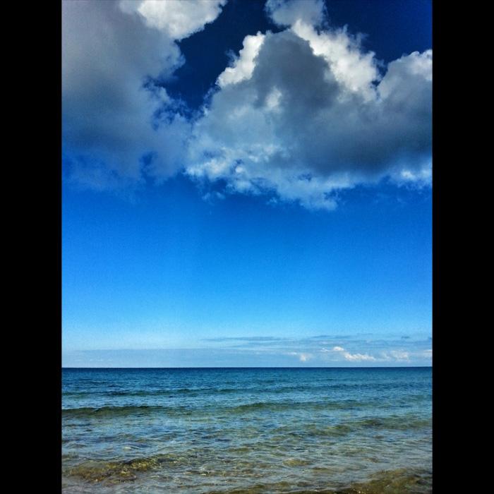 Morze w zatoce Ramla Bay