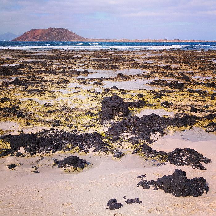 Widok z plaży przy Corralejo