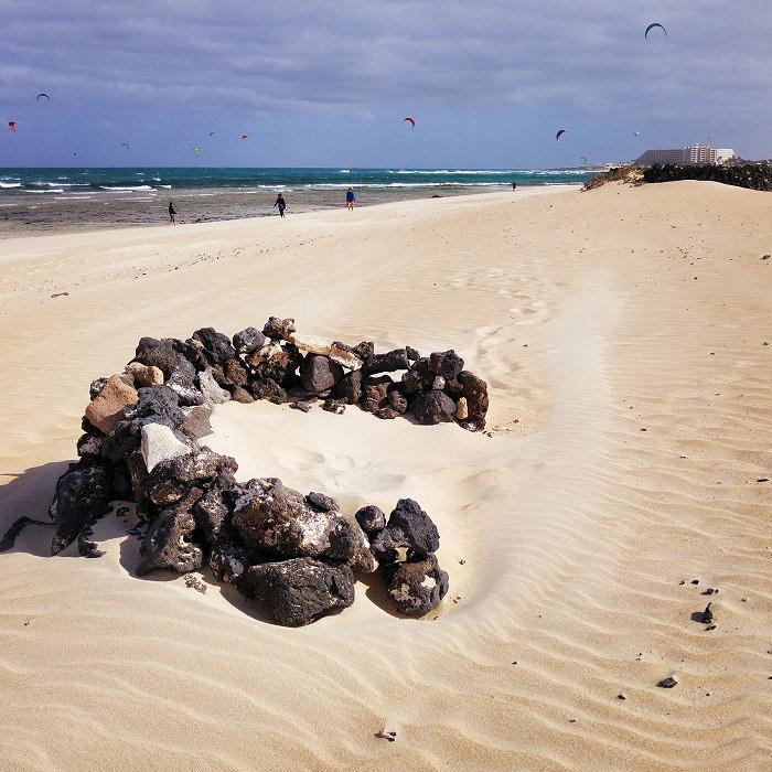 Parawan na plaży Corralejo