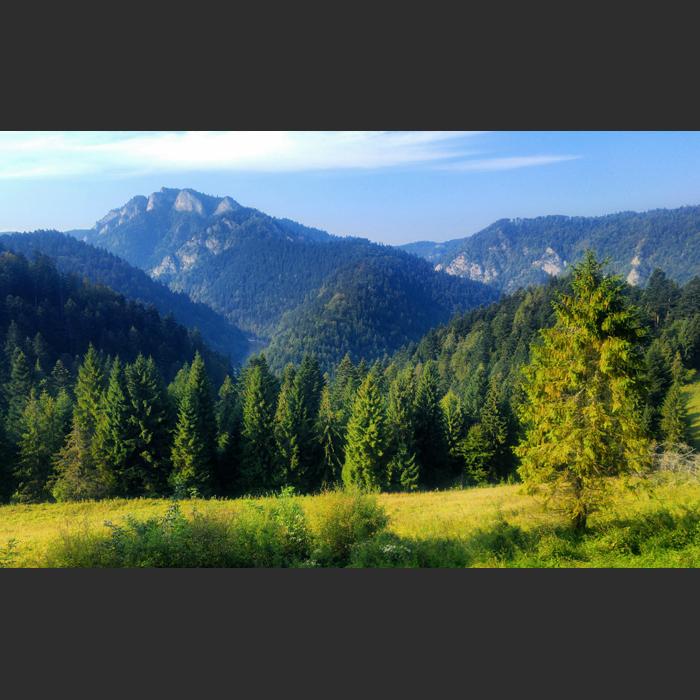Widok na Pieniny ze Słowacji