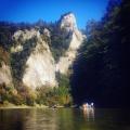 Spływ Dunajcem, w tle Sokolica