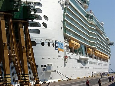 Navigator of the Seas, puerto