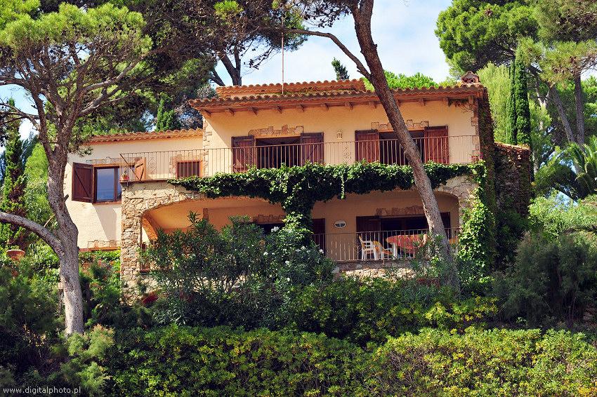 Apartamentos en espa a costa brava casas de campo - Casas sostenibles espana ...