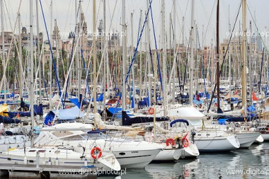 Barcelona Haven (Port Vell), haven en jachten